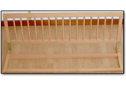 Zábrana na postel pod matraci